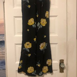 VOLCOM floral flowy pants